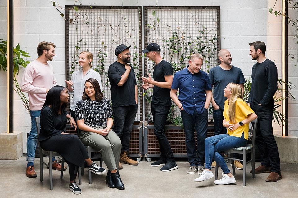 corporate-group-portrait-photograph-layer-nolii-team