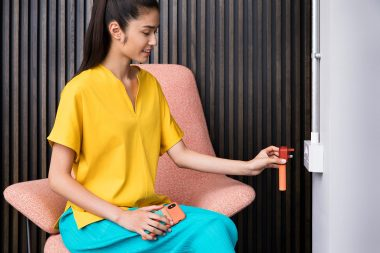 interior-lifestyle-photography-of-woman-with-phone-charger