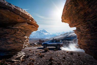 automotive-lifestyle-photograph-of-four-wheeled-drive-vehicle-in-bolivia