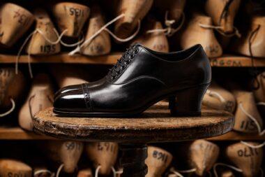 black-womens-shoes-photographed-for-john-lobb-by-richard-boll