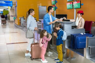 family-photographed-for-emirates-airline